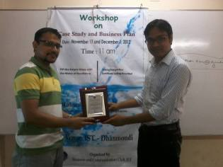 Presenting Crest to Guest Speaker as Founder President of BCC Club - IST